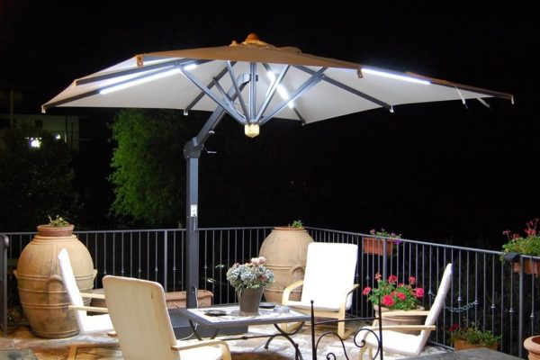 Bellagio Retractable Patio Umbrella with LED lighting