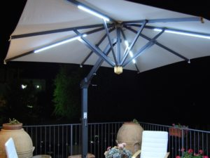 Bellagio retractable umbrella LED