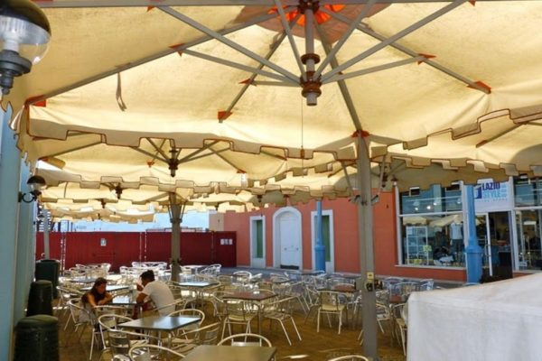 Poker offset umbrella for restaurant